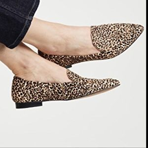 Dolce Vita Wanita Toe Point Loafers in Animal